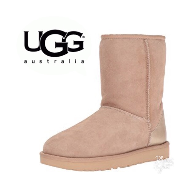 Ugg Classic Ll Short Metallic Accent Boots